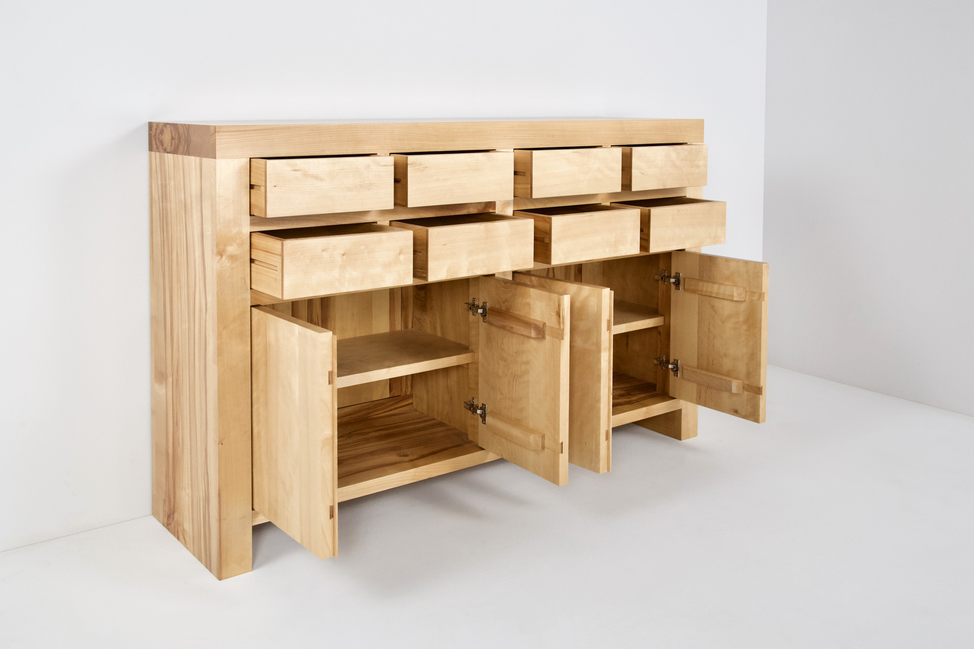 Kategorie Sideboards, Highboards
