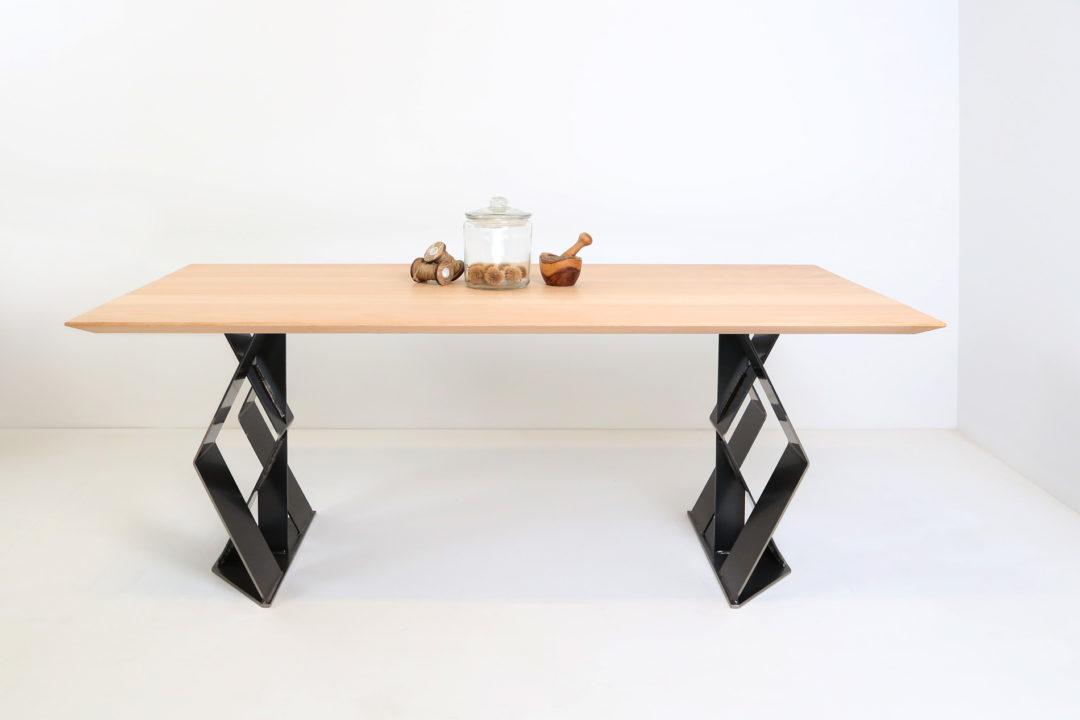 Tisch 30-75-MST16