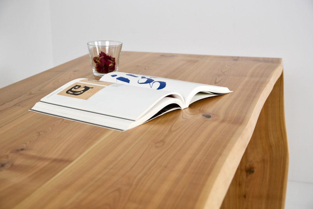 Tisch 30-05
